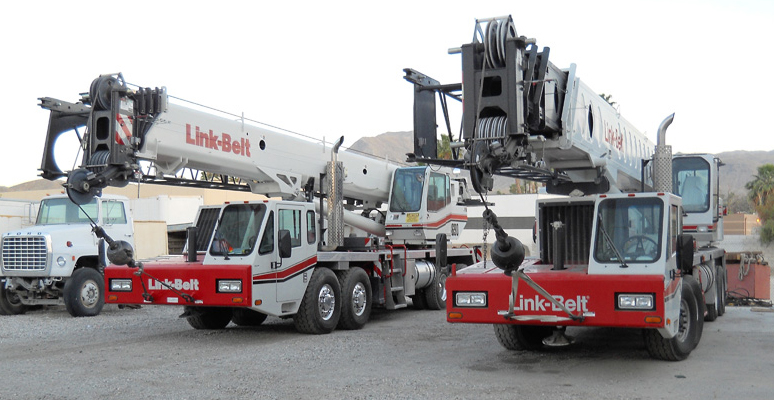 Machinery Moving Crane Lift in California